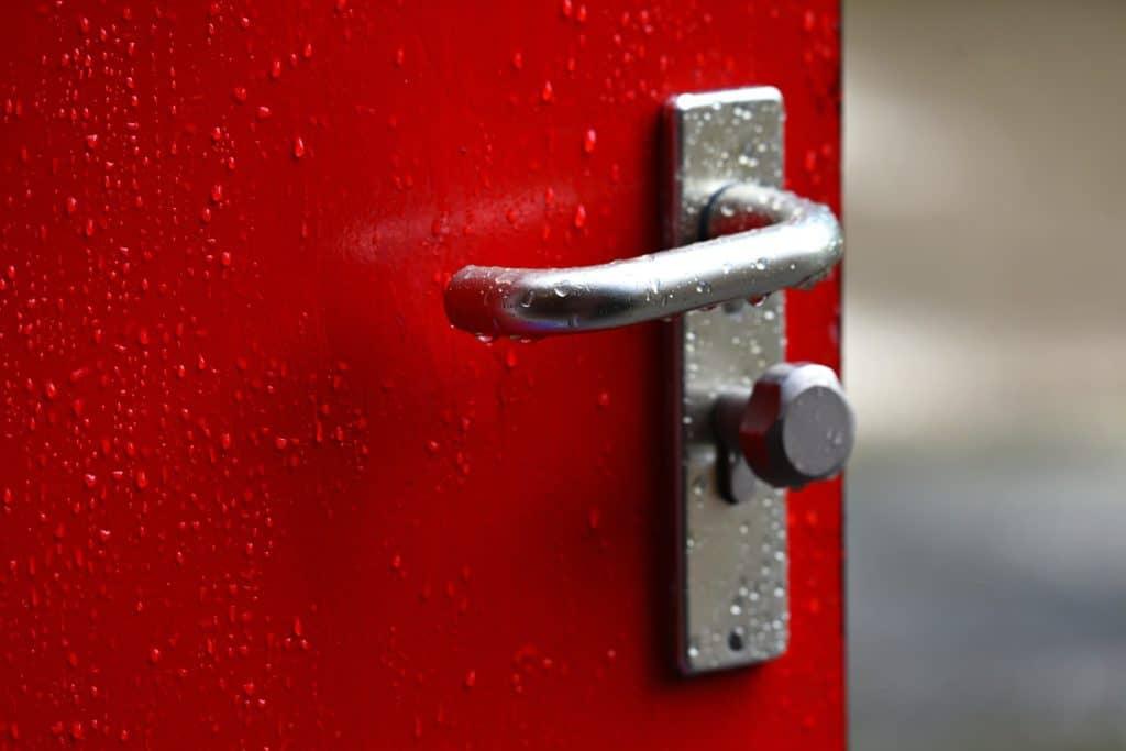 residential door lever with lock
