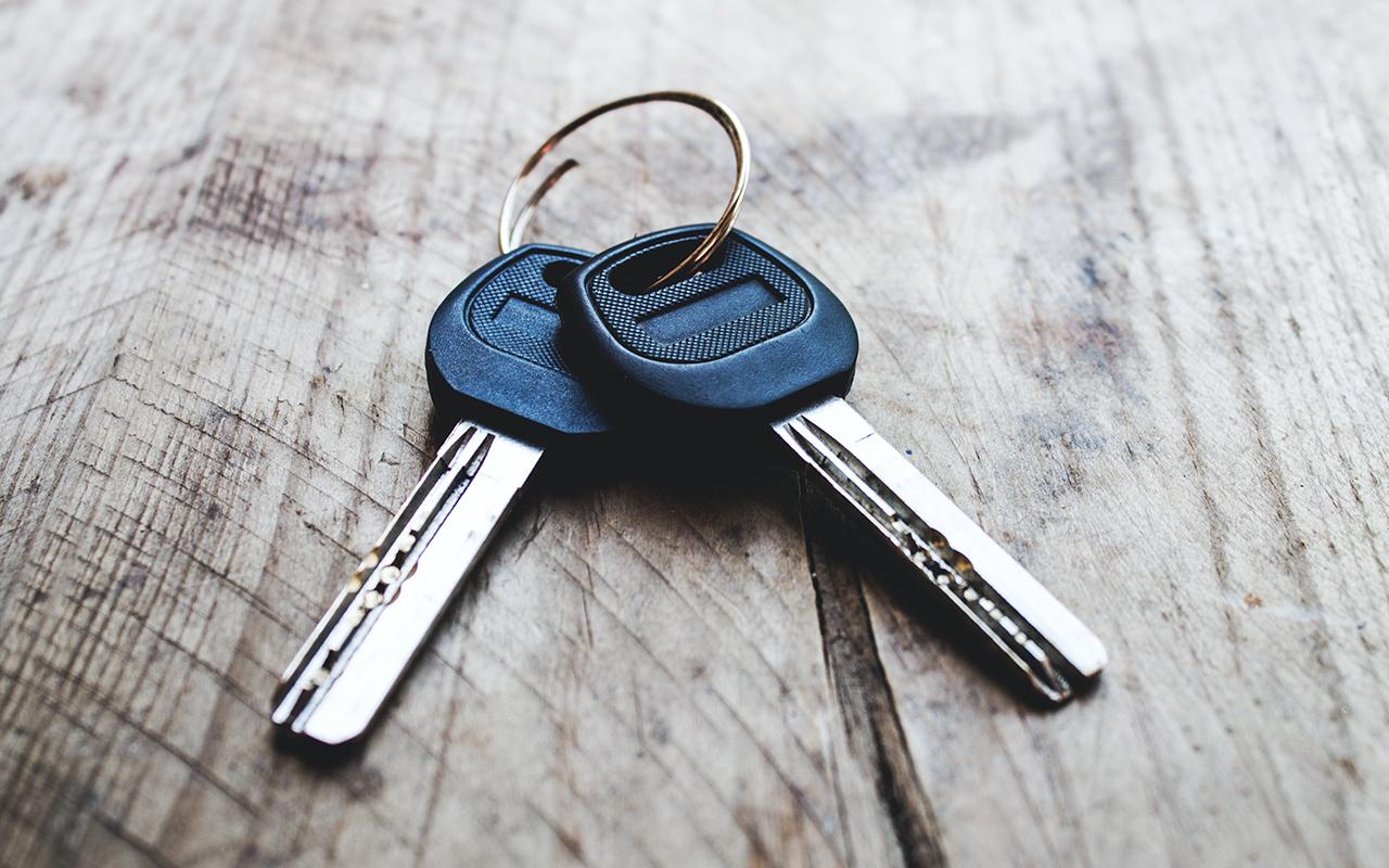 Traditional car keys